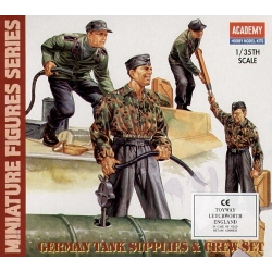 German Tank Supplies & Crew Set